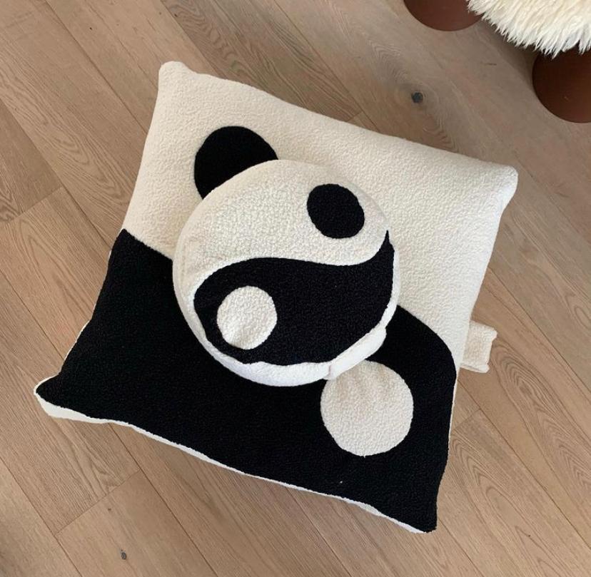 Bodhi Pillow